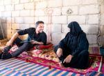 ولي العهد يتفقد في زيارة مفاجئة أحوال أسرة عفيفة في وادي عربة
