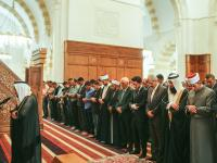 Crown Prince performs Friday prayers