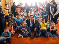 نائب الملك يتفقد أحوال الأطفال الأيتام في جمعية عمر بن الخطاب في الزرقاء