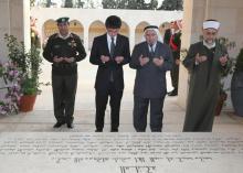 سمو الأمير الحسين بن عبدالله الثاني، ولي العهد، يزور الأضرحة الملكية